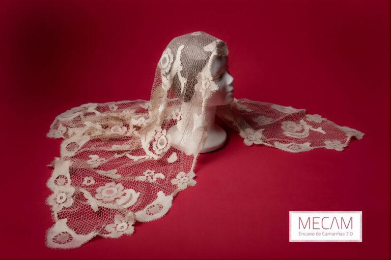 Mantilla seleccionada para fotografíar no Museo do Encaixe