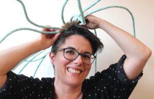 Julia de la Cal, primeira artesá do ArtEncaixe na XXX Mostra do Encaixe de Camariñas